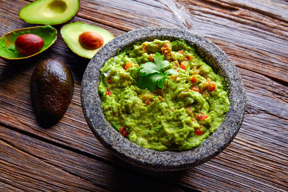 Mexikanische Guacamole - Der einfache Avocado Dip-Klassiker